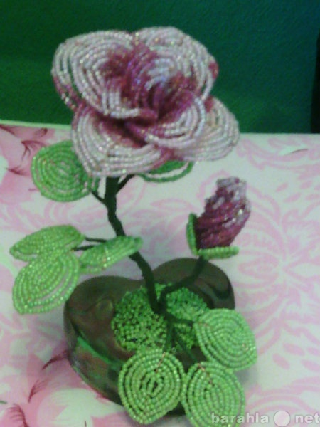 Продам Цветы из бисера