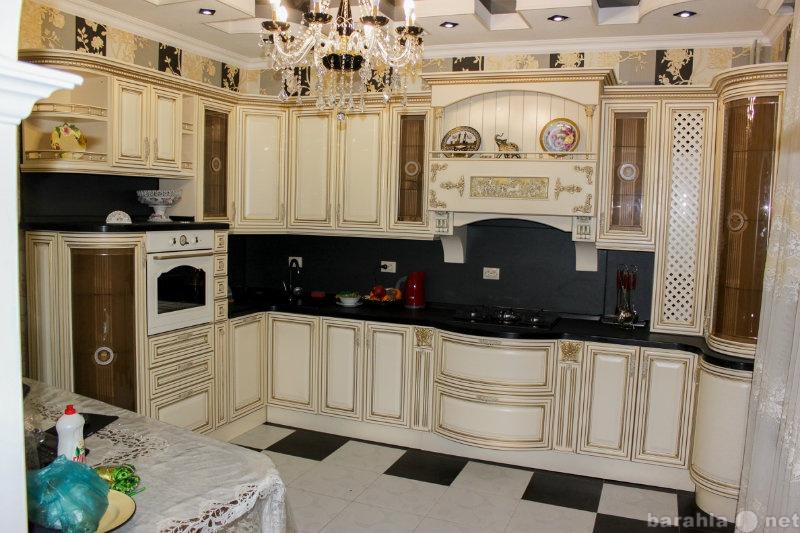 Продам кухня массив слоновая кость с золотом