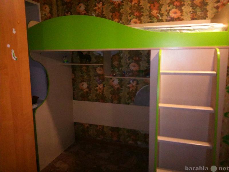 Продам 2-ух ярусная детская кровать.