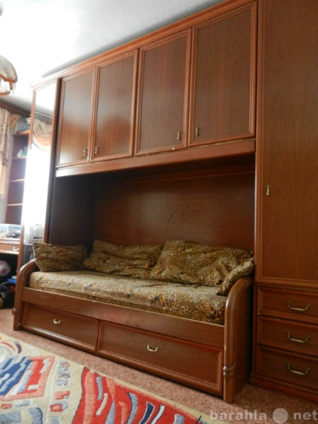 Продам набор мебели для детской комнаты