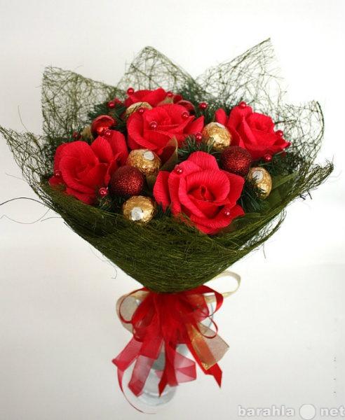Розы интересные букет из конфет, цветы