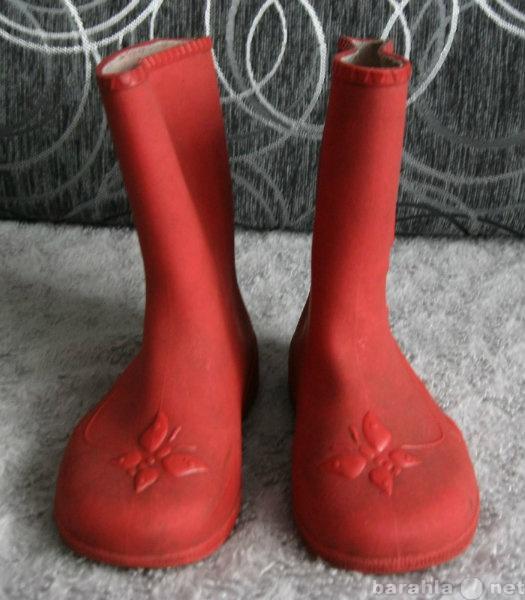 Продам Сапоги резиновые красные детские