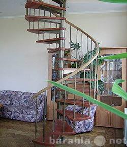 Продам: Лестницы на каркасе с ограждением