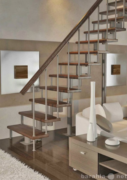 Продам: Каркастная лестница с ограждением