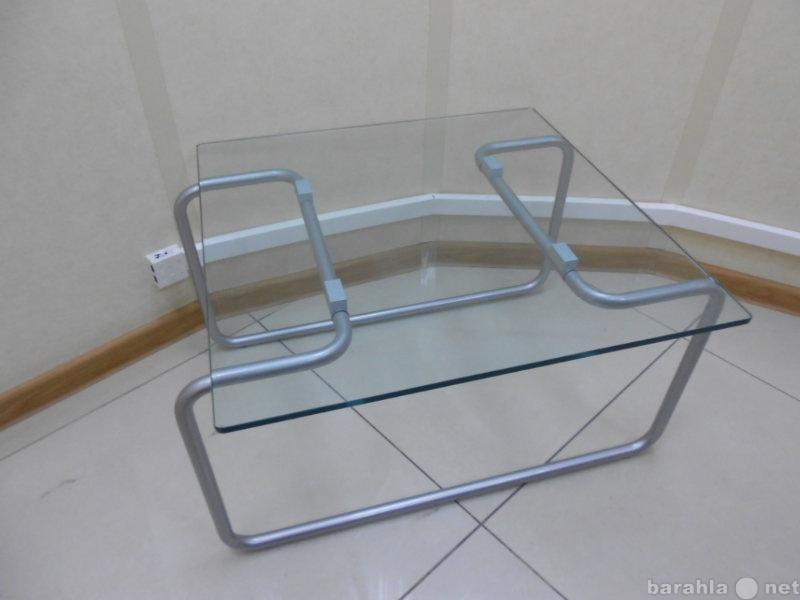 Продам Стеклянный столик