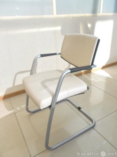 Продам 4 кожаных кресла