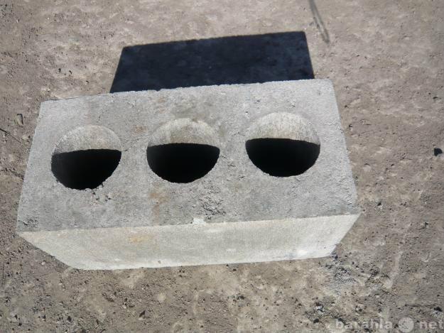 Продам цемент,пескоцементные  блоки,пеноблоки