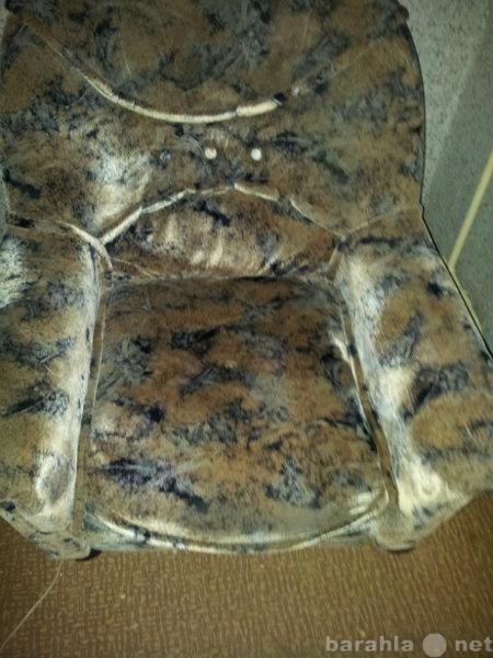 Продам: Два удобных кресла