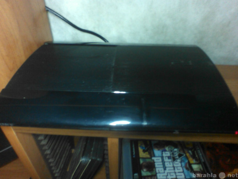 Продам PS3 Super Slim 500 Gb+ PS Move+ 9 игр