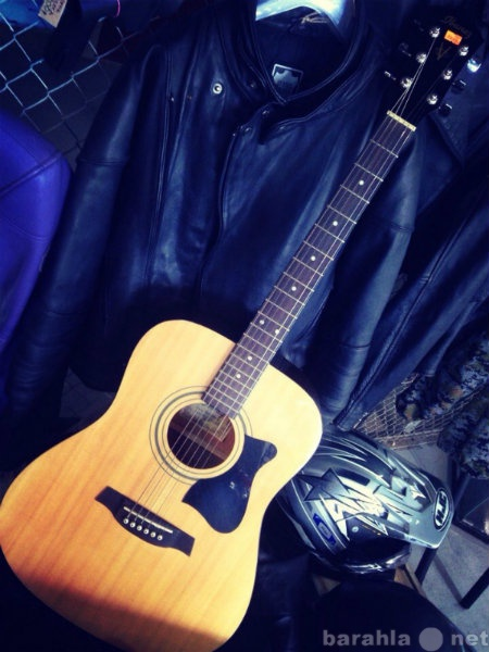 Продам музыкальный центр, гитара, проигрыватель
