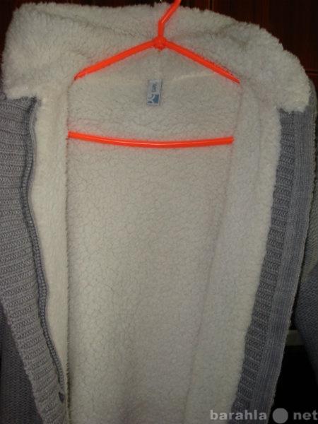 Продам Трикотажная куртка для девочки 28-30 раз