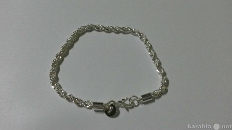 Продам Красивый серебряный браслет