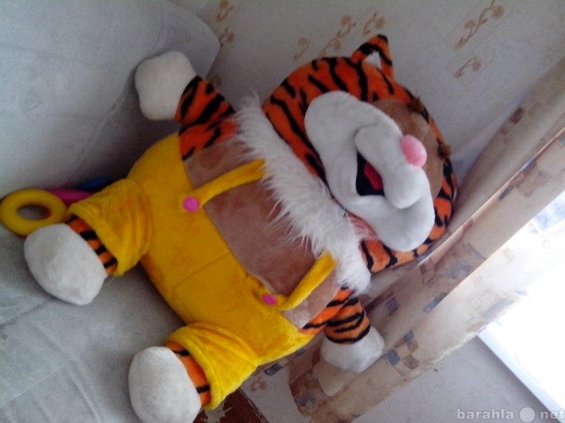 Продам Тигр большой, а вообще похож на кота из