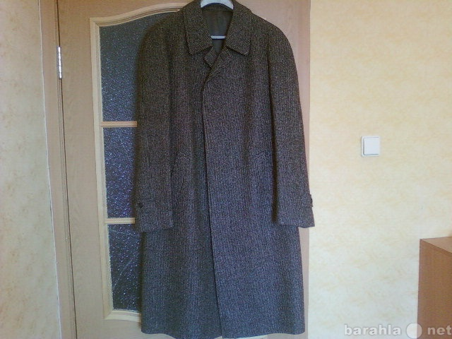 Продам Пальто демисезонное100 шерсть Германия