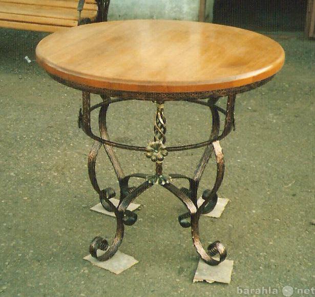Продам стол кухонный кованый