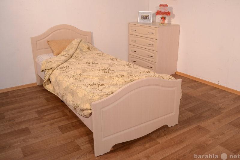 """Продам Кровать с основанием ДСП 200x90 """"В"""
