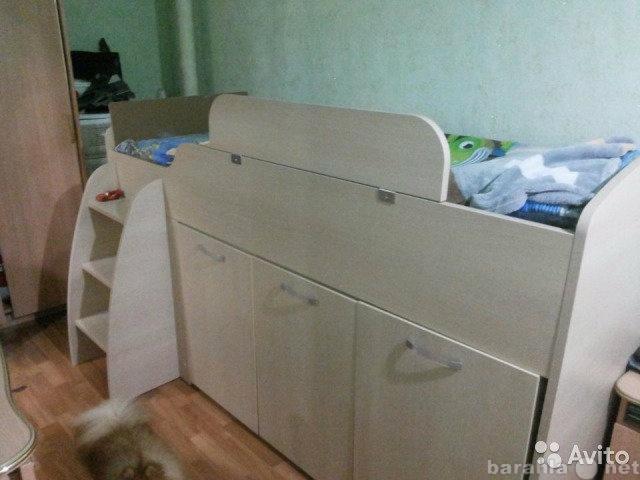 Продам Кровать детская с матрацом