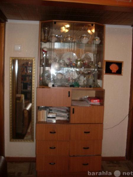 Продам: посудный шкаф б/У