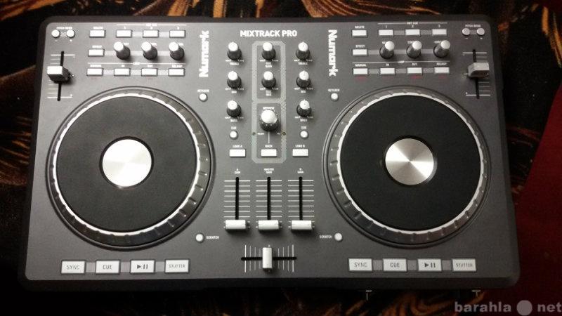 Продам Midi контроллер Numark Mixtrack PRO