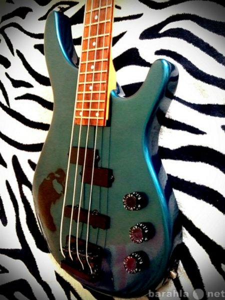Продам бас-гитару