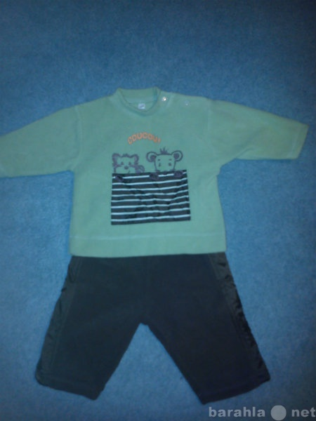 Продам комплект штаны+ джемпер р.67