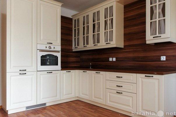 Продам Кухонный гарнитур. Классика