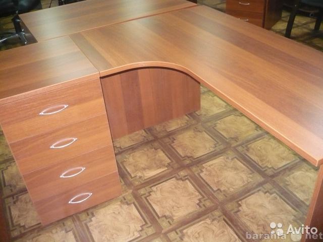 Продам Новый комплект - стол и тумба