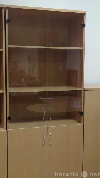 Продам Шкаф для документов со стеклом