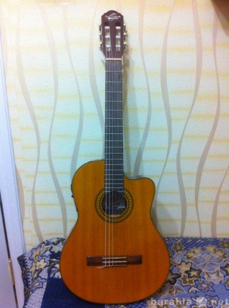 Продам Электро-акустическую гитару + с бонусом