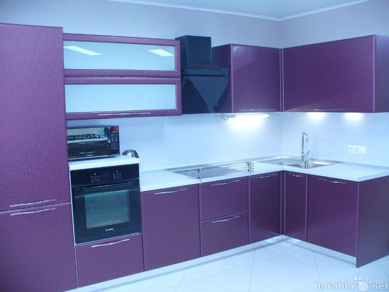Продам комплект мебели для кухни