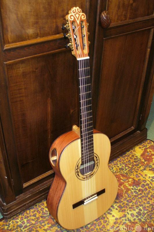Продам концертную  гитару ручной работы