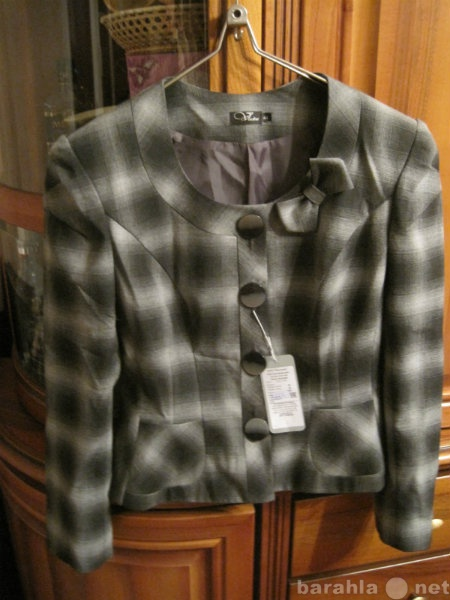 Продам Новый жакет пиджак S с биркой