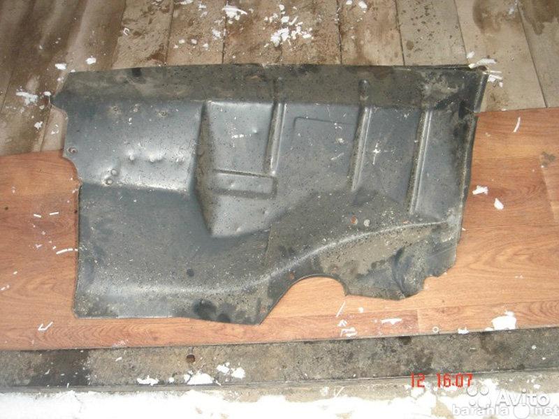 Продам Москвич 412, боковины двигателя (брызгов