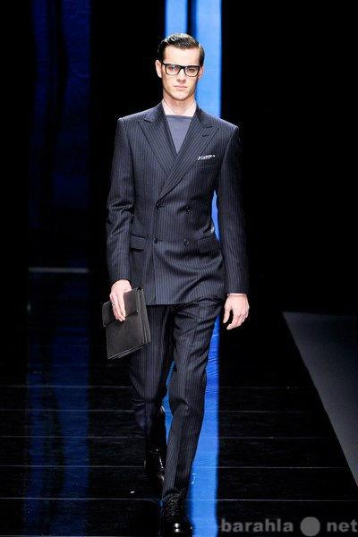 Продам Модный мужской костюм