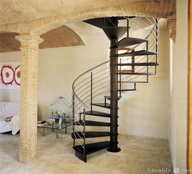 Продам металлические лестницы (металлический ка