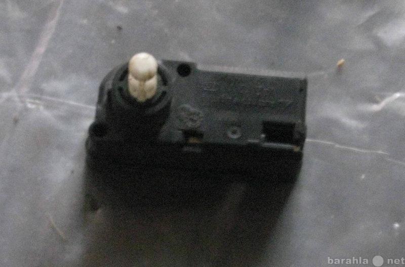 Продам электромотор корректора фар