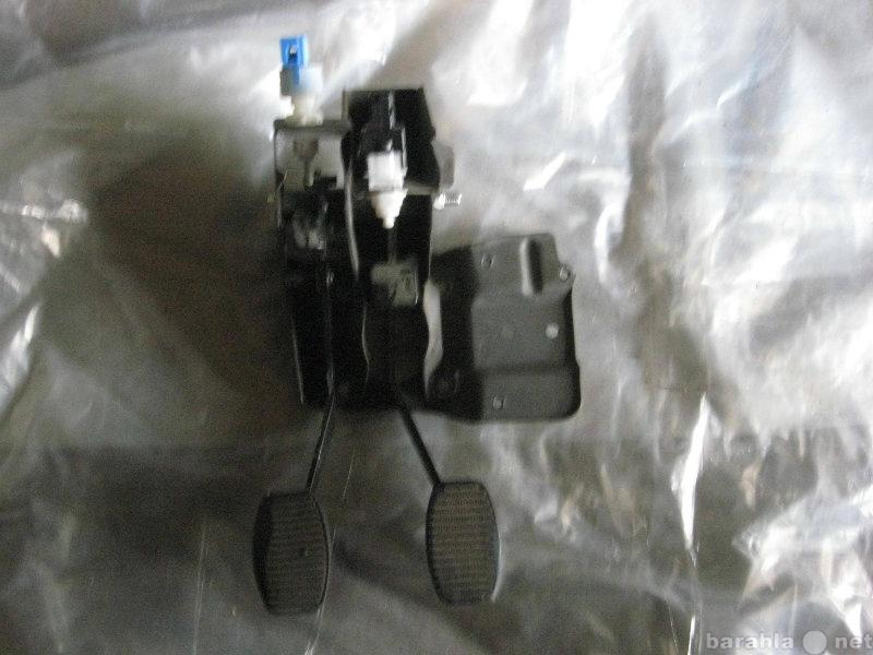 Продам блок педалей тормоза и сцепления