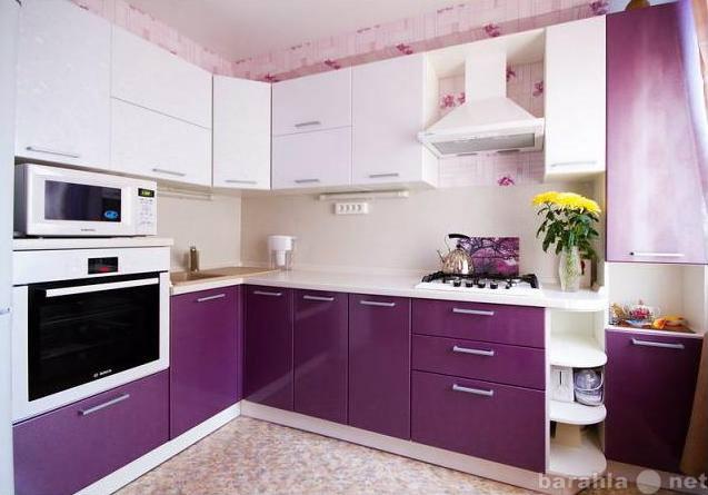 Продам Кухонный гарнитур, фасады пластик