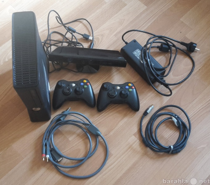 Продам: Xbox 360 250 Gb + Kinect + 2 Джойстика