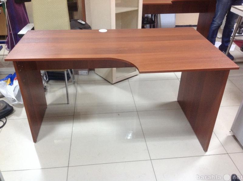 Продам: офисный стол с подкатной тумбой