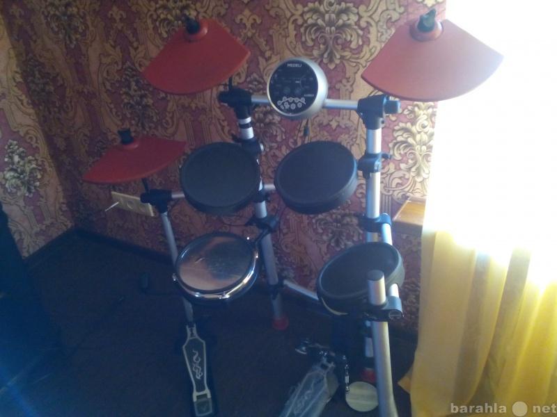 Продам Барабанная установка Medeli dd501