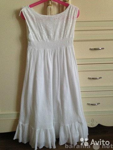 Продам Красивое кружевное платье
