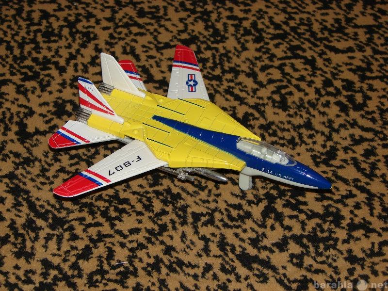 Продам Самолет-истребитель