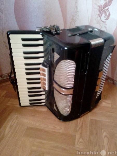 Продам: Раритетный немецкий аккордеон
