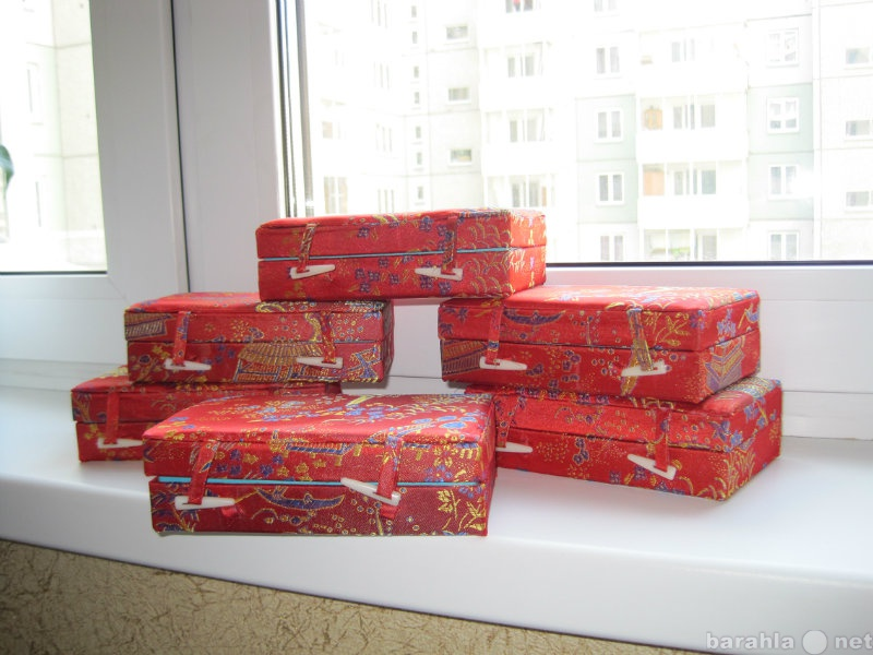 Продам 21 коробочка