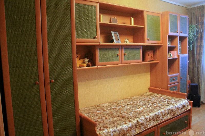 Продам Мебельный комплект