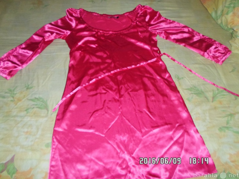 Продам продаю платье розовое.шёлк 44-46 р