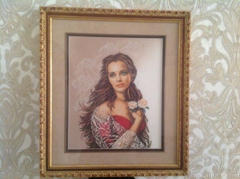 Продам Картина вышитая крестиком