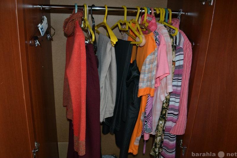 Продам: Женская одежда. Платья, юбки, кофты, кур