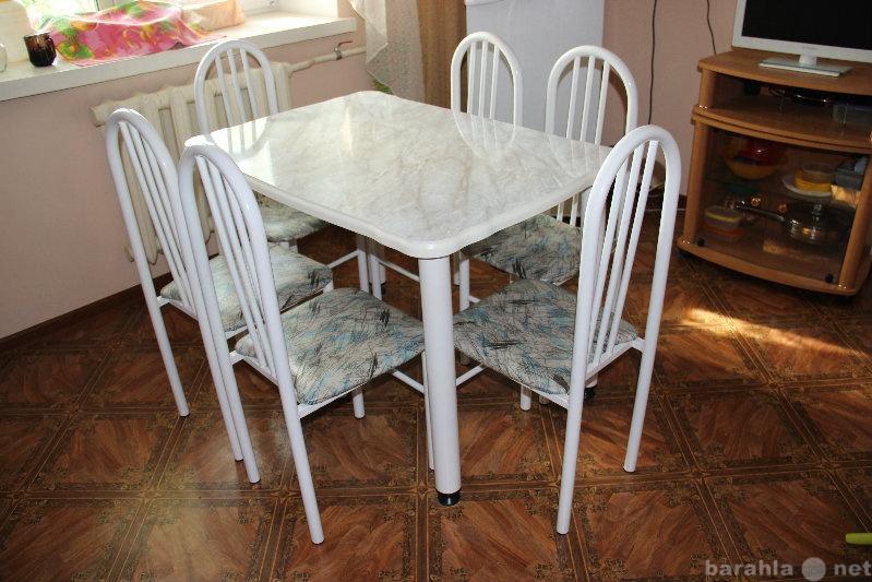 Продам: Кухонный стол и 6 стульев